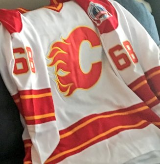 Jagr Flames road jersey