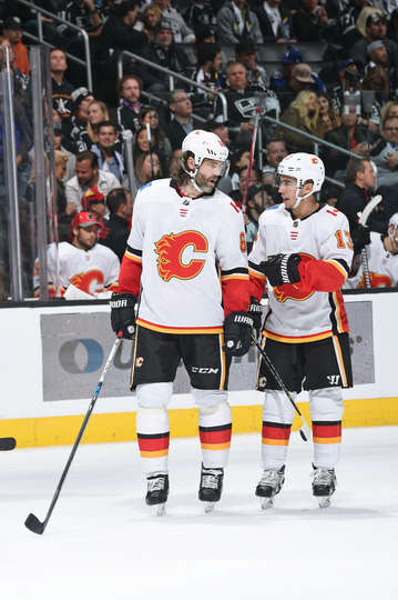 Nhlflames Top La Kings 4 3 In Ot 68jagr Plays First Game In 6